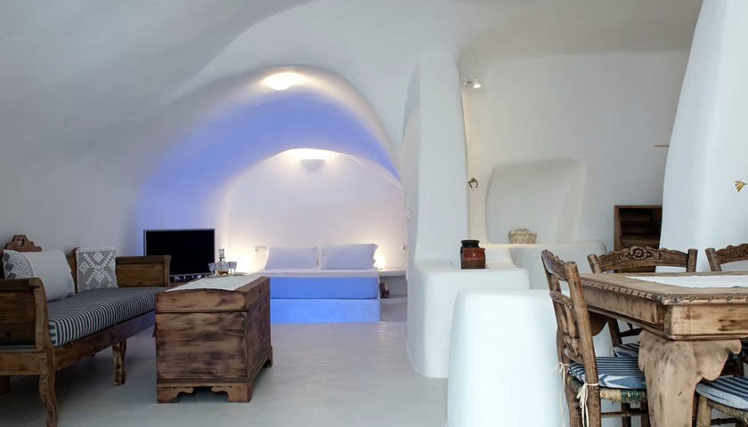 Olyra Traditional Cave Houses, Pyrgos, Santorini