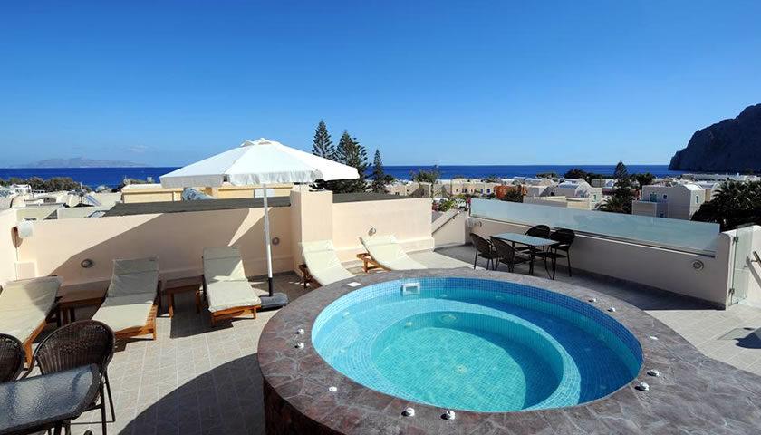 Orfeas Apartments, Kamari, Santorini