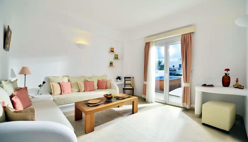 Tamarix Del Mar Suites, Kamari, Santorini