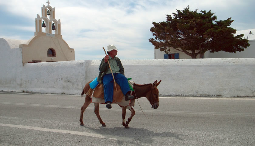 Santorini, How to move around