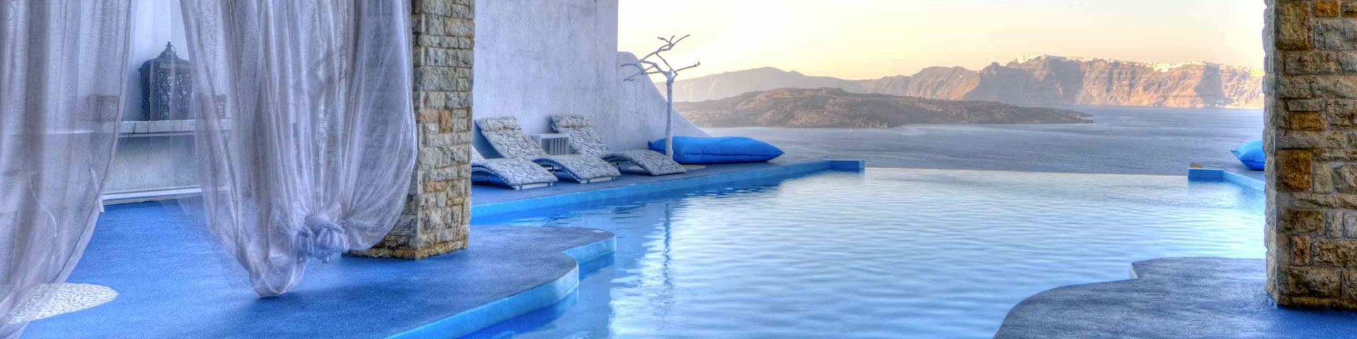 Santorini accommodation, luxury hotels