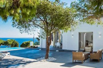 Santorini accommodation, rent a villa