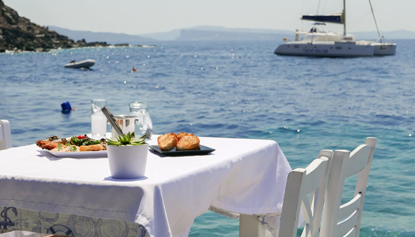 Seafood Taverns of Ammoudi, Oia, Santorini